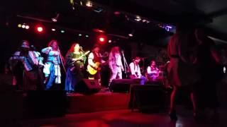 Rogues & Wenches - Galway Girl