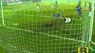 Gol Kontroversi Arema Vs CCM Australia 2  1 Di Final Menpora Cup 29 September 2013