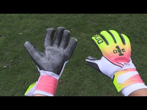 Goalkeeper Glove Review: The One Glove Co. GEO Tempest
