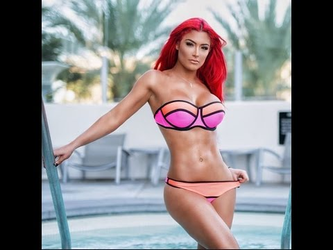WWE 2K16  Bikini Match Kelly Kelly vs Eva Marie