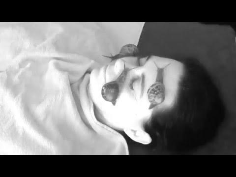 Le traitement du psoriasis sur la personne de longuent