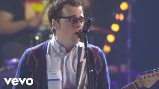 Weezer - Say It Ain't So (Live on the Honda Stage at the iHeart Radio Theater in LA) - dooclip.me