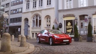 YouTube Video e_Wnwb_cC3g for Product Tesla Model 3 Electric Sedan by Company Tesla in Industry Cars