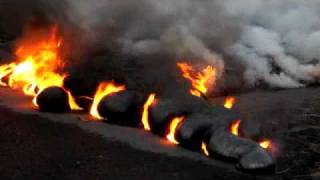 preview picture of video 'Molten lava repaves highway 130 - Island of Hawaii'