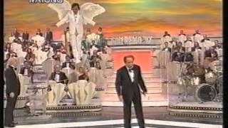 preview picture of video 'SANREMO 1997 Duetti MIKE BONGIORNO e PIERO CHIAMBRETTI 1A P.'