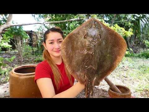 Yummy Stingray Fish Curry Cooking With Egg Plant – Stingray Fish Curry Recipe – Cooking With Sros