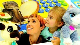 Игры магазин #МашаКапуки и Юля покупают еду 🐌УЛИТКЕ и Фуриал Френдс Видео #игрушки Домашние Животные