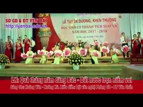 Liên khúc Quà tháng năm dâng Bác Đất nước trọn niềm vui. BD: Phòng GD&ĐT Văn Chấn