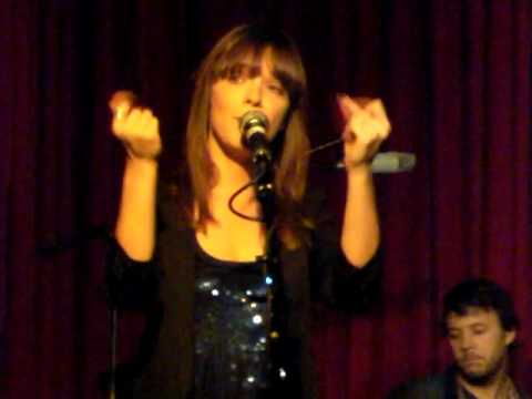 Laura Jansen Soljah Live @ Hotel Cafe 020810.MP4