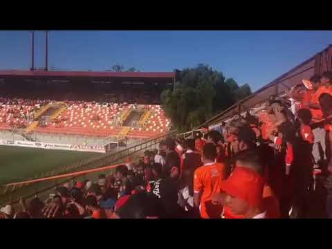 """""""Cobreloa la droga de mi corazón 🎶   gol de Nacho Jara"""" Barra: Huracan Naranja • Club: Cobreloa"""