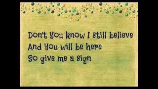 Ed Sheeran - Hit me baby one more time (lyrics)