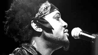 D'Angelo - She Came In Through The Bathroom Window
