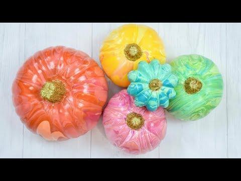 , title : 'DIY Painted Pumpkins for Fall and Halloween Decor: Marble Paint Dump Pumpkins