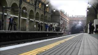 preview picture of video '(HD) Metropolitan No.1 Underground, steam through Notting Hill Gate, 13/01/2013.'