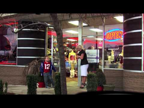 Jackass Presents: Bad Grandpa (Clip 'Cinnamon')