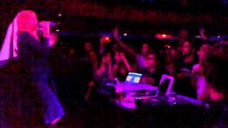 Roisin Murphy - Cry Baby @ Cafe De Paris August 2010