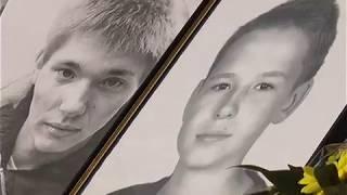 В Харькове почтили память активистов, погибших возле Дворца Спорта