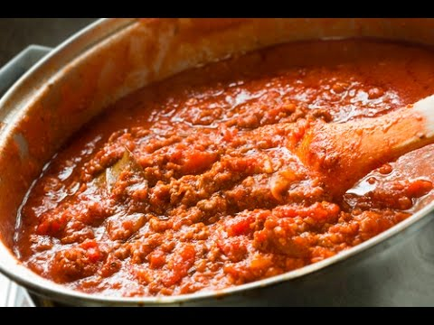 The GREATEST Spaghetti Meat Sauce EVER!!