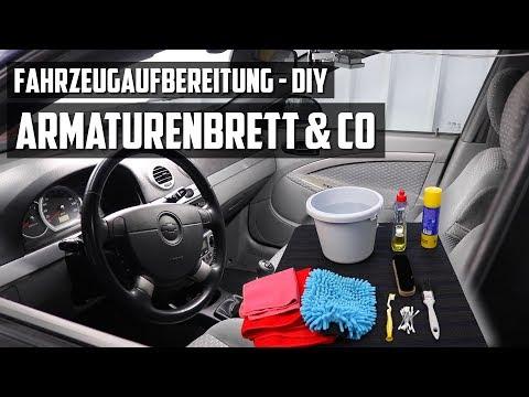 Armaturenbrett, Cockpit und Mittelkonsole reinigen - DIY FAHRZEUGAUFBEREITUNG