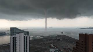 Singapore: Tornado Over Water Up Close! 11 May 2019