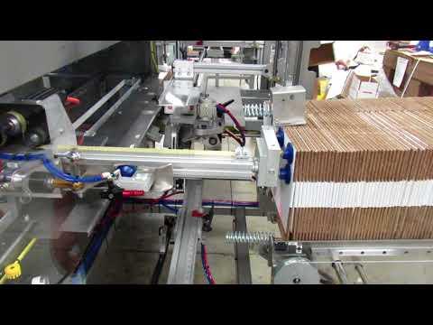 Formadora de cajas con Hot Melt 2-EZ HS HM a una velocidad de 18 CPM