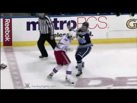 Nick Tarnasky vs. Aaron Voros