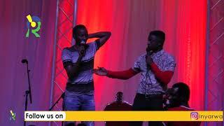 BIGOMBA GUHINDUKA Ya Etienne Na Japhet Yarwaje Abantu Imbavu Bitabiriye 'Live Comedy Show'