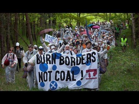 Γερμανία: Διαδήλωση ακτιβιστών για το περιβάλλον