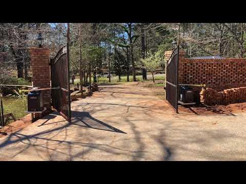 LiftMaster RSW12U Dual Swing Gate Openers