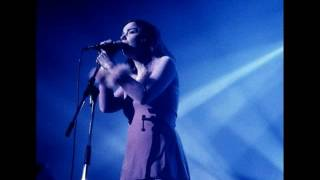 The Sugarcubes - Walkabout - Live @ BBC Radio 1, Recorded By The Show, For This Show (1992)