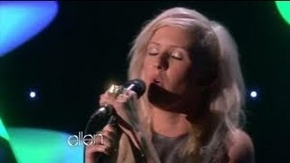 Ellie Goulding Performs 'Burn' on Ellen show