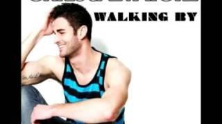 Walking by - Chris Salvatore - testo italiano - italian lyrics