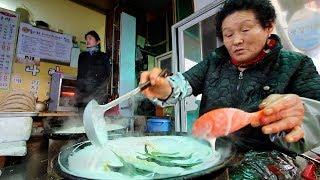KOREAN STREET FOOD Tour in PyeongChang, Korea | RARE STREET FOOD in KOREA + BEST PLUMP Dumplings!!