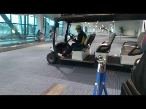 mp4 Golf Cart Bandara, download Golf Cart Bandara video klip Golf Cart Bandara