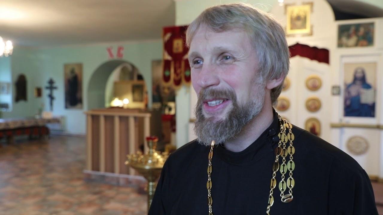 В храме преподобного Алексия Человека Божия села Белозерское 19 мая прошла Божественная литургия
