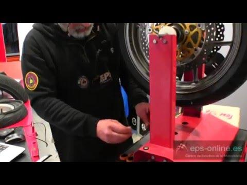 Montaje de neumáticos con máquina y su equilibrado