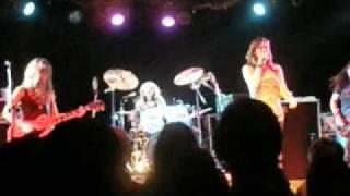 Donnas - Pomona - It's On The Rocks