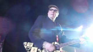 Cheap Trick  Baby Loves to Rock (Live)