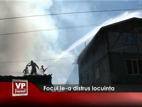 Focul le-a distrus locuinţa