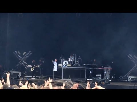 Machine Gun Kelly - Download Festival (Donington) 2017 - Zippo Encore Stage - Fri 9th June 2017