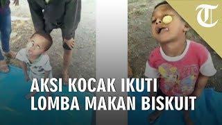 Viral Video Aksi Kocak Dua Bocah Ikuti Lomba Makan Biskuit pada HUT RI