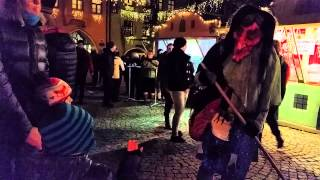 preview picture of video 'Perchten in Wasserburg am Christkindelmarkt'