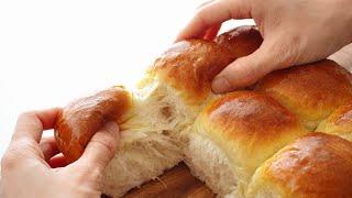 Soft Milk Bread (eggless) / Fluffy Dinner Rolls - Bánh Mì Sữa Mềm Xốp