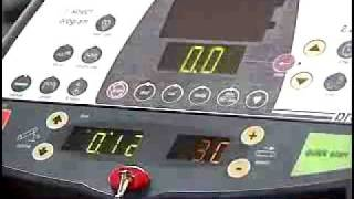 Cardiovascular Exercise Gym Equipment : Correct Treadmill Use for Cardiovascular Exercise