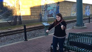 Electric Violinist Street Performer - Don't Fear the Reaper / Blue Oyster Cult
