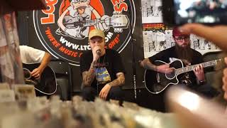 Neck Deep- Gold Steps (Acoustic) | Meredith Mae