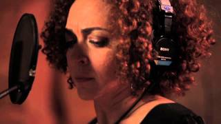 LEVE CHICO | O QUE SERÁ - Laila Garin