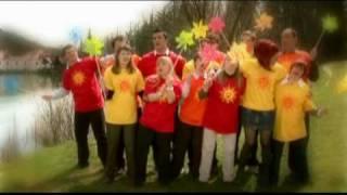 Tanja Žagar&Rok Ferengja&Zborček od A do Ž - Vsaj malo sonca (Official Video)