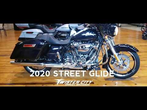 2020 Harley-Davidson® Street Glide® : FLHX