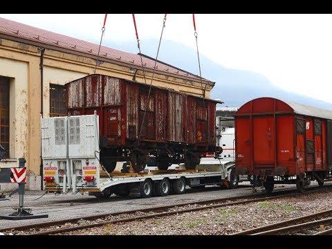 Vecchio Carro ferroviario FS  torna su rotaia ....